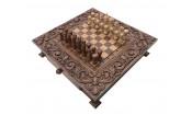 Шахматы резные в ларце